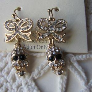 Blingy Skull & Bow Post Back Hanging Earrings Bran